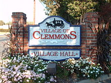 220px-Clemmonstownhall